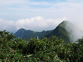 小觀音山:11眺望前方的小觀音山北峰2.jpg