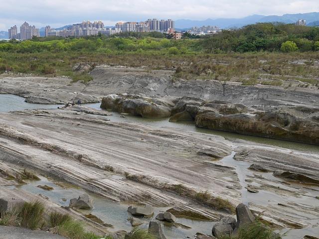 06大漢溪裸岩.jpg - 大鶯景觀自行車道
