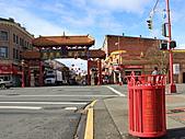 維多利亞的唐人街:廢紙箱