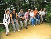 大湖公園白鷺鷥山:劍南義工在白鷺鷥山合照