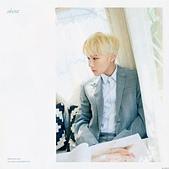 180822 1st Solo Concert Live Shine:DlR5cYEU4AEGCk2.jpg