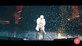 """180815 1st Solo Concert [SHINE] Live Album"""" Teaser:DkkehS8UYAEGI_Y.jpg"""