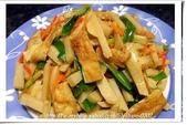 我家食堂~家常菜(一):豆皮炒綠竹筍-2