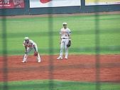 2006  8/25  牛對獅  :100_5979