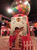 20130109-依潔生日之參觀糖果展:P1190229.JPG
