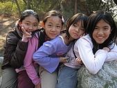 金門冬令營活動:金門陳禎古墓石馬上的小美女!