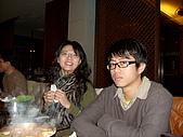 2009。1。28 同學聚餐同樂會!:被熊啃著的玉米