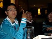 2009。1。28 同學聚餐同樂會!:阿杰(柏嘉) 阿伯 和 倫毓(表情一瞬間XD)