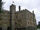 英國:不在Leeds的Leeds Castle