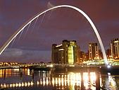 英國:Newcastle的千禧橋