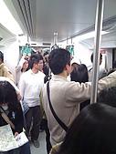 高雄捷運970309:到了三多商圈人更多@@