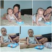 可愛的小外甥-方豪豪:跟阿嬤在床上玩