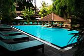 9511 BALI ISLAND TRIP :Jimbaran,到巴里島是晚上9:30,暫住一晚的飯店
