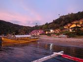 20171004-1011_Anilao Part III:來到一間新開的Resort Buceo前,規模很大,黃色為主色超顯眼,連潛水船都講求風格一致