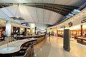 20090101斯米蘭、普吉島和曼谷:一看就覺很貴吃日本料理的地方,起床後還要在機場待6小時,閒晃