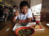20090625國境之南最終回:湯頭讚,麵條Q,牛肉有碳燒味,唯一缺點就是牛肉太硬了,不夠嫰