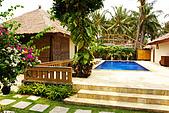 9511 BALI ISLAND TRIP :泳池的顏色很美