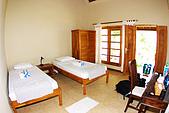9511 BALI ISLAND TRIP :我喜歡這家飯店,簡單,乾淨,舒適,唯一的缺點是,除了Villa,其餘的房間較靠近馬路,晚上有點吵哩...