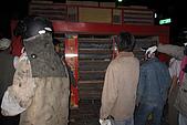 20090209鹽水蜂炮+新營+柳營:發射時,阿娟連回頭的勇氣都沒有,火力超強,看彈藥的密集度就知