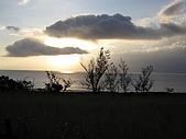 20091018再訪墾丁第二彈 Kenting:伴著夕陽與大海,悠閒地騎在沒有人的路上