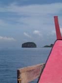 20171004-1011_Anilao Part III:這是生日蛋糕島,哈哈~ 其實有跟陸地相連喔~所以是陸連島,太可愛了~