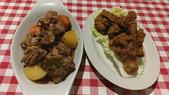 20171004-1011_Anilao Part I:點了菲律賓最保險的Adobo雞肉,與炸雞.才知道原來是這樣子的模式啊~所以還要點白飯來配