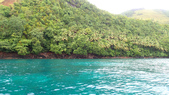 20170405 Ambon Diving 安汶潛水趣:抵逹第2個潛點旁的小灣休息一下,原始又翠綠的林地,海水的顏色很漂亮