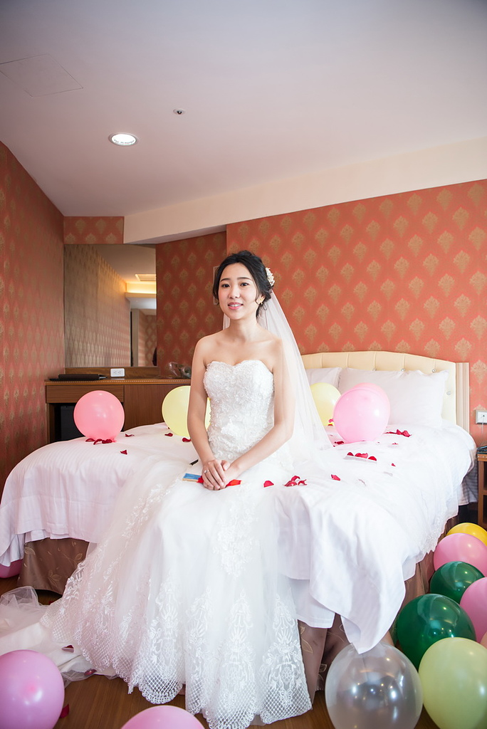 紘立&娜娜 婚禮紀錄 虎尾婚攝 斗六婚攝(斗六珍村婚宴會館):DSC_075.jpg