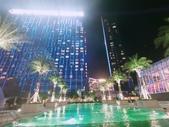 澳門5⭐️君悅酒店:泳池位於3樓  夜晚非常美麗