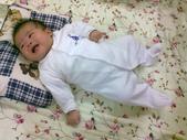 米寶貝:2m - 全身包緊緊的兔裝