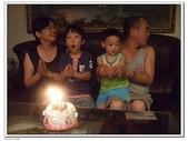 幫阿公慶生吃蛋糕:DSCF8688.JPG