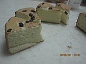 蛋糕:2011.02.10-切小片.JPG