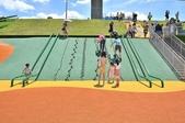 主題公園堤坡滑梯樂園 遛小孩新景點:藤蔓攀爬繩鋼管滑梯大人小孩都可以玩.JPG