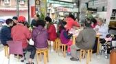 永和蕭阿姨回饋社會 豐盛佳餚尾牙宴客:滿滿兩桌的親朋好友、顧客來賞宴.jpg