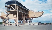 大鵬灣:木頭水上飛機
