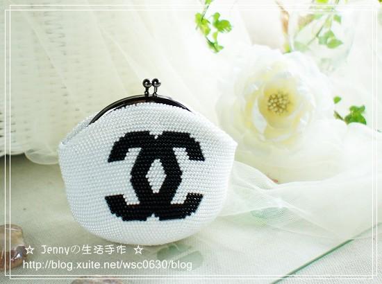 手工珠包:11/0圓珠系列:雙C-白底黑字