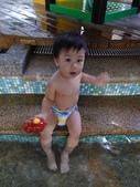 玩水囉!_20110804【小脩1Y29d】:P1050396.JPG