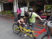 八里騎腳踏車_20110423【小脩9m18d】:DSCN0680.JPG