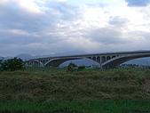 宜蘭_十六分圳自行車道:十六分圳自行車道005_高速公路.JPG