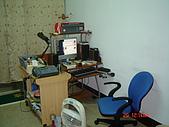 豬窩的照片:客廳-電腦桌.JPG