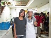 蔥油餅首推老克明蔥油餅有限公司 TVBS【食尚玩家】節目2011.9.26來店採訪:1758424909.jpg