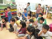 20111108_晨間操作&阿勃勒分組創作三&馬路安全教育:20111108_阿勃勒分組創作三 (2).JPG