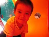 20111028_角落分區&戶外遊戲&衛生教育-牙齒保健&奧福音樂課:20111028_戶外遊戲 (2).JPG