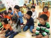 20111102_文化中心探尋阿勃勒樹&美語課&唐詩時間:20111102_唐詩時間 (8).JPG