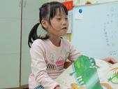20111103_晨間操作&阿勃勒分組創作二&小小主播:20111103_小小主播 (10).JPG