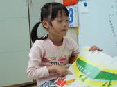 20111103_晨間操作&阿勃勒分組創作二&小小主播:20111103_小小主播 (11).JPG
