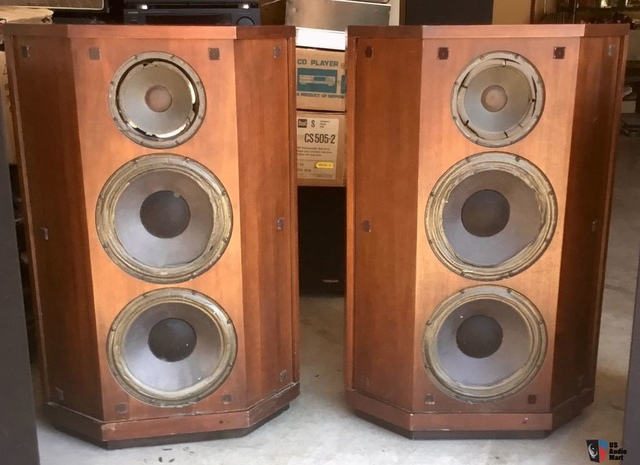 1575992-mcintosh-xrt20-loudspeaker-system.jpg - 探討XRT20爛價